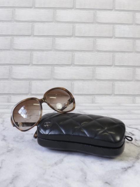 Óculos #CHANEL R$199