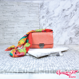 Bolsa BAG BAG R$79 | Lenço R$20