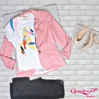Blazer #CRISBARROS (36) R$299 | Camiseta #ZARA (13 ANOS) R$20 | Calça #ZARA (36) R$59 | Sapato #AREZZO (37) R$89