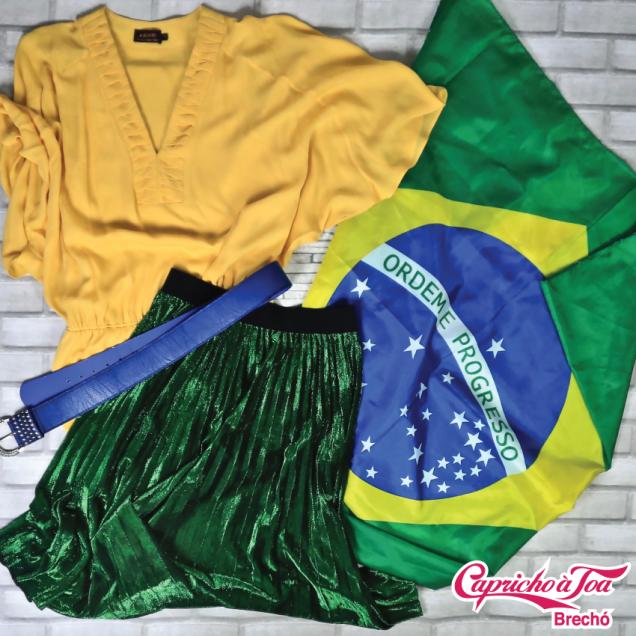 Vestido #ABRAND (42) R$129   Cinto R$20   Saia (P) R$39